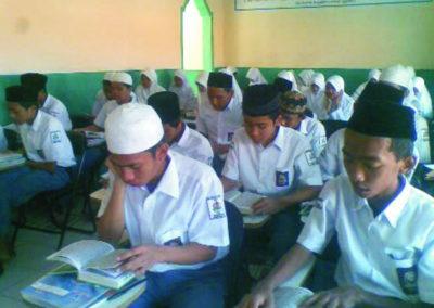 Expansion de l'éducation secondaire d'agriculture et d'élevage en Indonesie