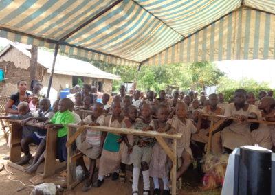 Éducation horticole pour les orphelins au Kenya