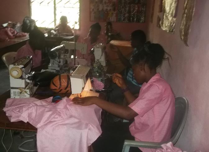 Formation professionelle pour les mères adolescentes au Cameroun