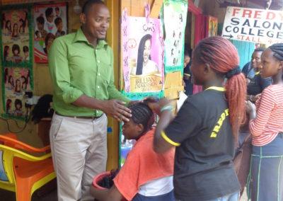 Mise en place de programme de formation dans le bidonville de Mathare au Kenya