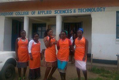Les outils de formation pour Van Merode Collège en Ouganda